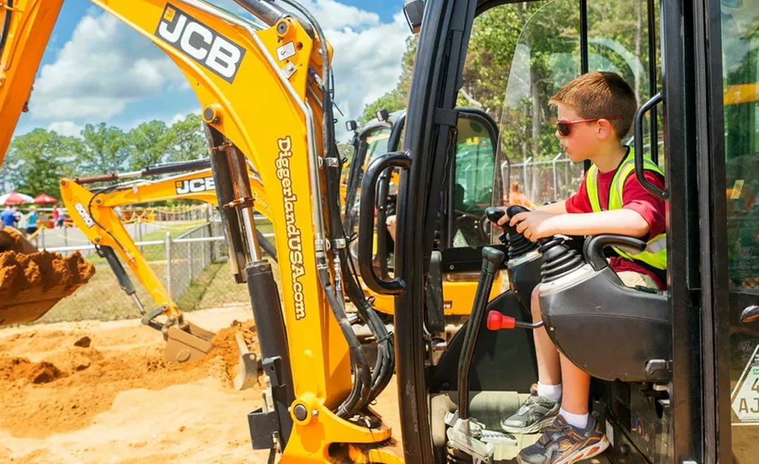 You'll Dig This Theme Park That Lets Kids Safely Operate Construction Equipment