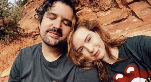 The Young and the Restless Spoilers: Camryn Grimes devient public avec son petit ami Brock Powell – Instagram Romantic Trip Pics